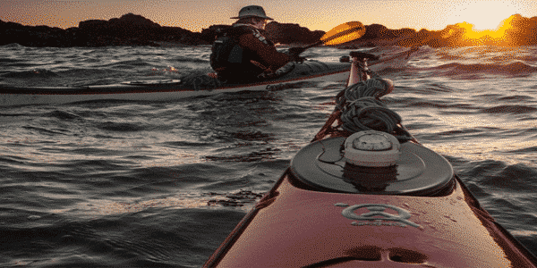 "Best fishing kayak reviews 2019 Buyer`s guide<span class=""rating-result after_title mr-filter rating-result-336"" >	<span class=""mr-star-rating"">			    <i class=""fa fa-star mr-star-full""></i>	    	    <i class=""fa fa-star mr-star-full""></i>	    	    <i class=""fa fa-star mr-star-full""></i>	    	    <i class=""fa fa-star mr-star-full""></i>	    	    <i class=""fa fa-star-o mr-star-empty""></i>	    </span><span class=""star-result"">	4.25/5</span>			<span class=""count"">				(4)			</span>			</span>"